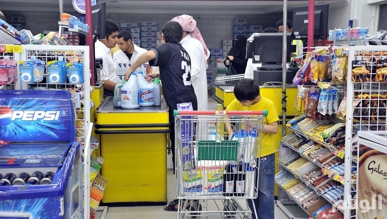 تراجع أسعار المستهلكين بالسعودية على أساس سنوي