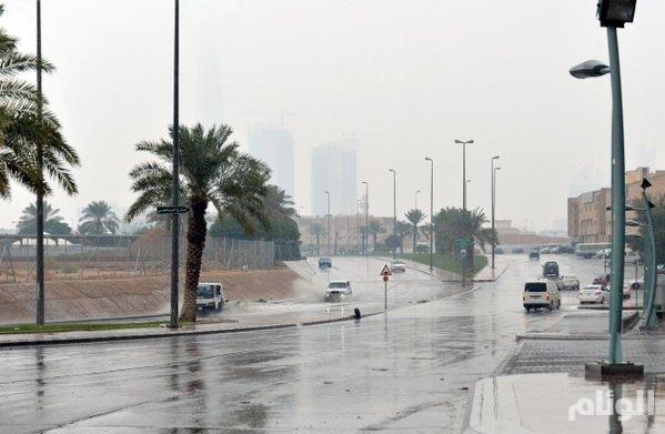 أمطار على محافظات حفر الباطن والخفجي والنعيرية