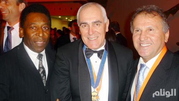 بيليه ورموز البرازيل ينضمون إلى حملة الإطاحة باتحاد كرتهم