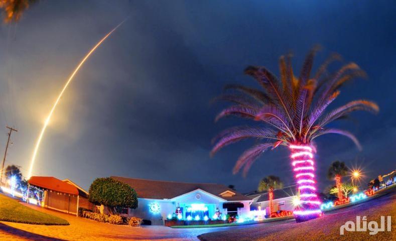 بالصور..«سبايس اكس» تنجح في اطلاق صاروخ نحو الفضاء واستعادته