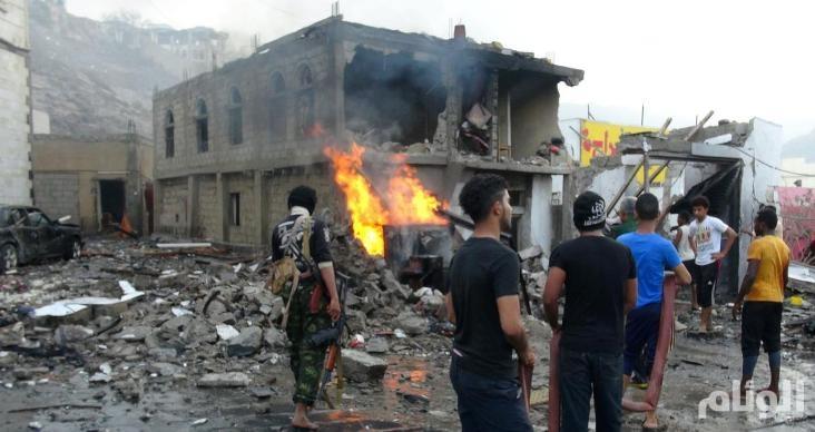اليمن: قتلى في هجوم بعدن والتحالف يدمر مخازن أسلحة