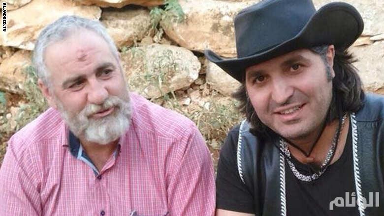 زعيتر بجانب مسؤول قطاع بعلبك في حزب الله حسين نصرالله