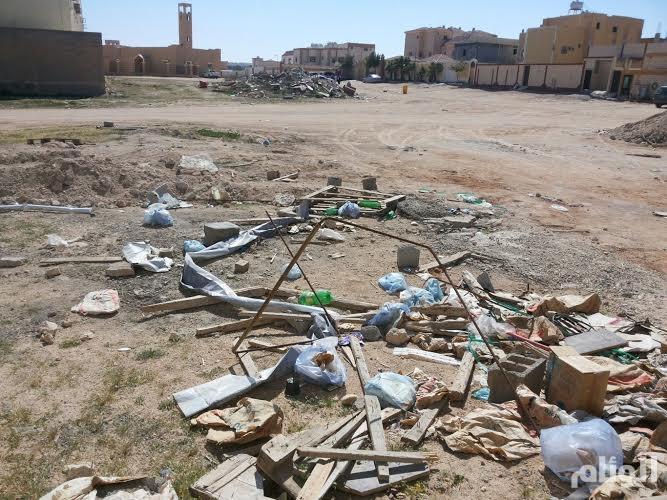 أهالي «النهضة» يطالبون «بلدية الحفر» بسفلتة شوارعهم