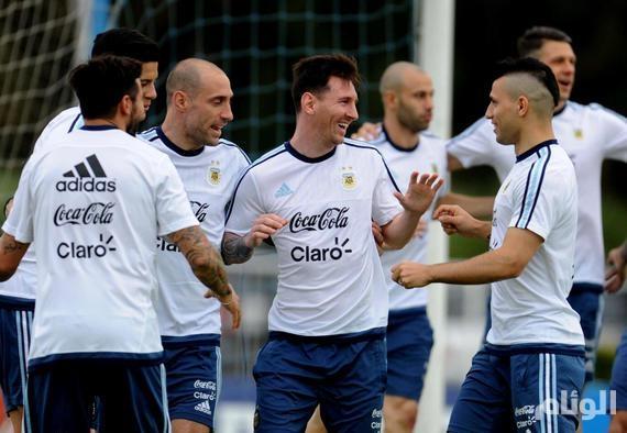الأرجنتين تحتفل بعودة «ميسي»لقيادة منتخبها أمام تشيلي