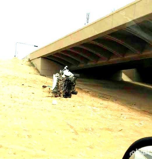 حادث سير يسقط سيارة من أعلى الكوبري بالقصيم