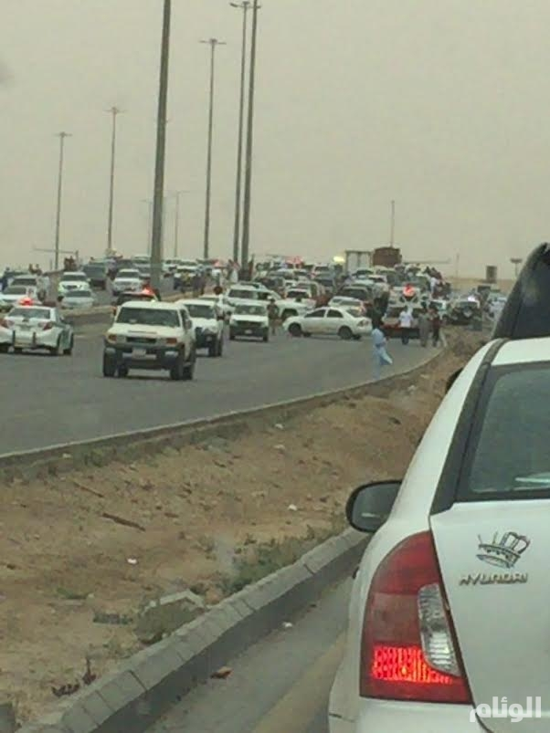 بالصور .. إصابة 6 أشخاص فى حادث على طريق الملك فهد ببريدة