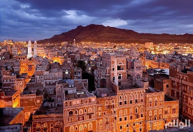 مساجد صنعاء تبث خطاب زعيم ميليشيا الحوثي تحت تهديد السلاح