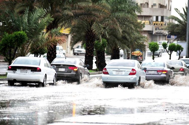 الأرصاد: هطول أمطار رعدية مسبوقة برياح نشطة بالشمالية والجوف والقصيم