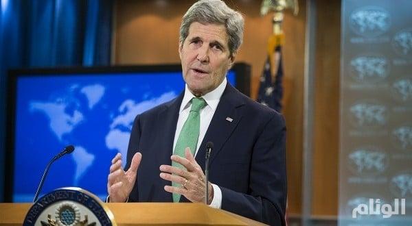 «كيـري» في مسقط لإجراء مباحثات بشأن الأزمة اليمنية