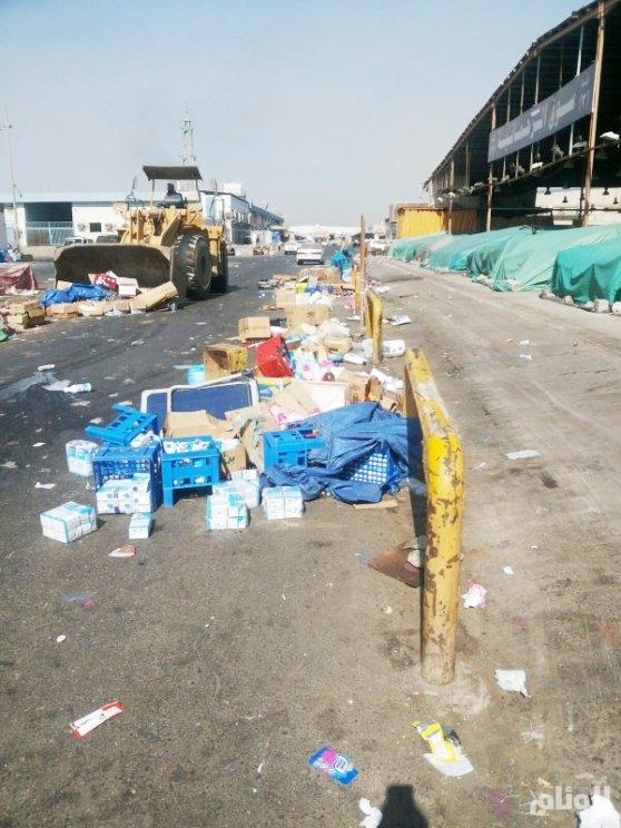 إتلاف «610» أطنان أغذية منتهية الصلاحية وملابس مستعملة في جدة