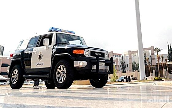 شرطة الرياض تقبض على مواطنين سرقا سيارة وغيرا لوحاتها الأصلية