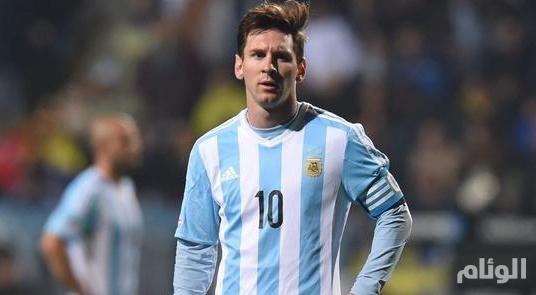 قلق في الأرجنتين بعد إصابة «ميسي» في مباراة ودية