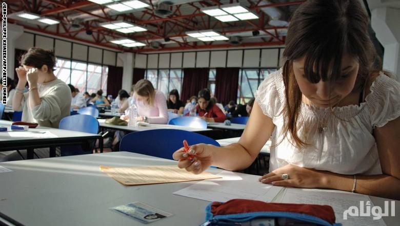 أمين أئمة الجزائر: يمكن لمن يجتازون امتحانات في رمضان الإفطار بشروط