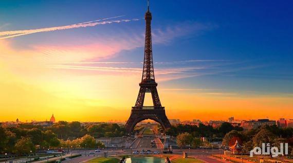 سلطات باريس ترفع تحذيراً من موجة حارة شديدة