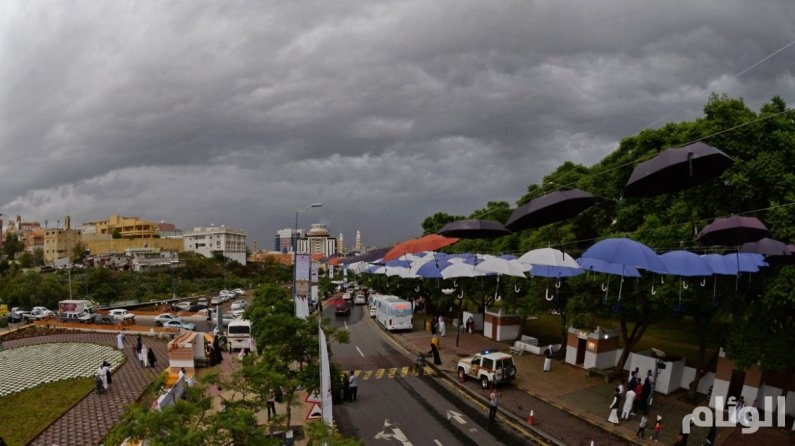 حالة الطقس: هطول أمطار غزيرة بجازان وعسير ونجران