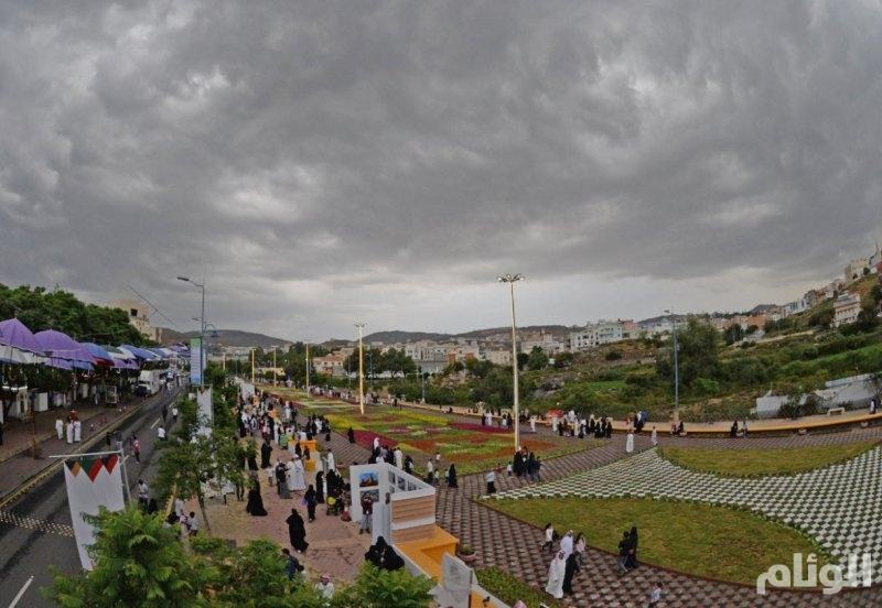 «الأرصاد» تتوقع هطول أمطار رعدية في جازان وعسير والباحة