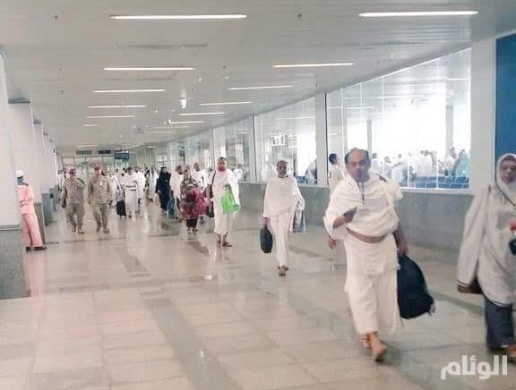 وصول أول رحلة حجاج لمطار الملك عبدالعزيز الدولي بجدة
