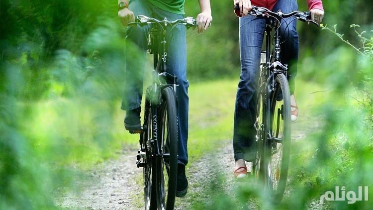 دراسة: ركوب الدراجات يقي من خطر أمراض القلب