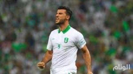العابد والسومة والأنصاري مرشحين للفوز بجائزة أفضل لاعب عربي