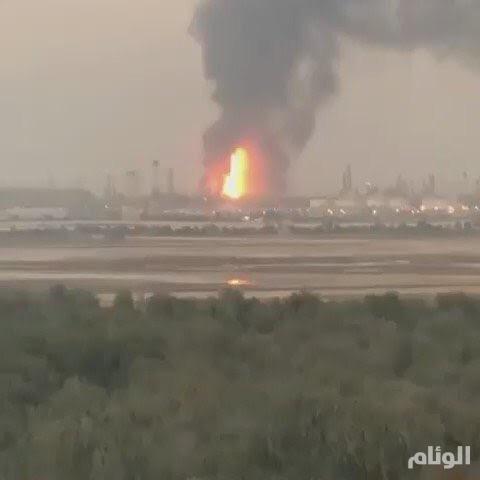 السيطرة على حريق بإحدى المصافي بشركة أبوظبي الوطنية للنفط