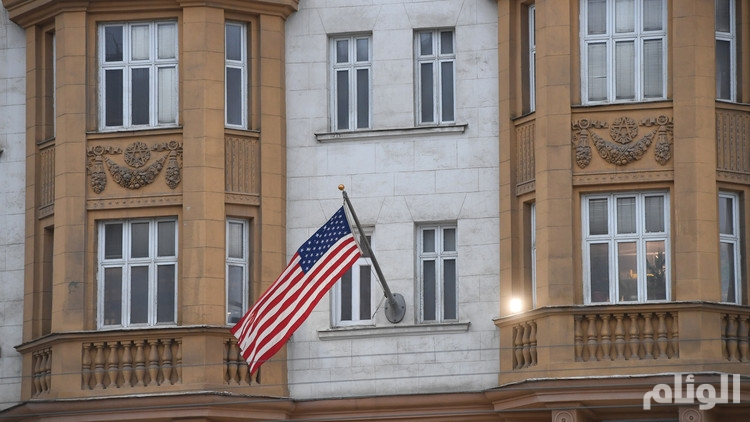 اندلاع حريق بمحيط السفارة الأمريكية في ليبيا
