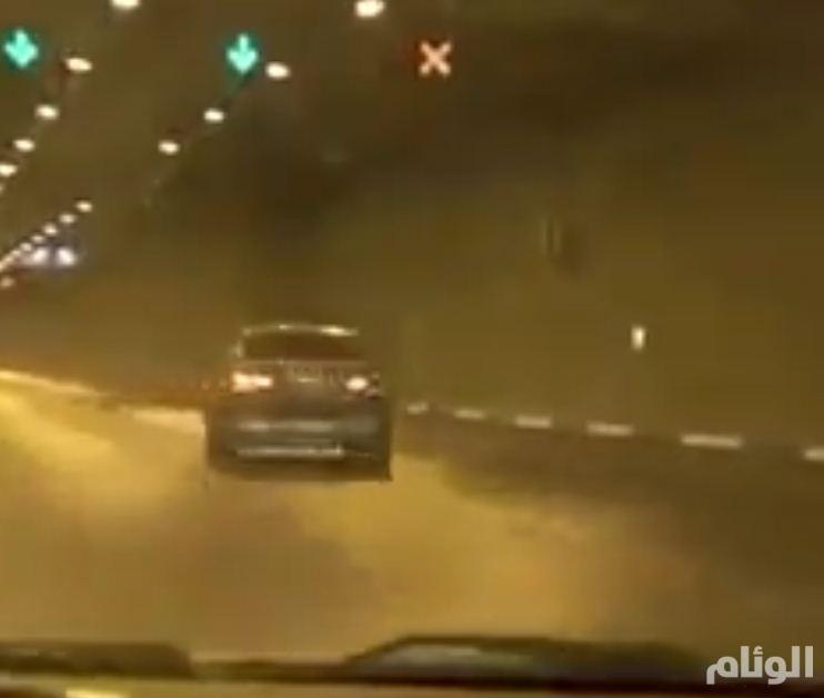 بالفيديو .. مرور الرياض يواصل رصده ومتابعة القبض على المفحطين