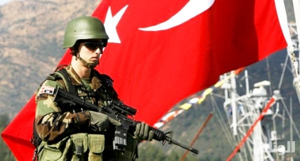 مقتل 8 جنود أتراك وإصابة 13
