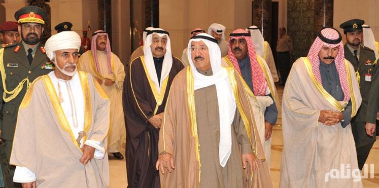 سُلطان عُمان يستقبل أمير دولة الكويت