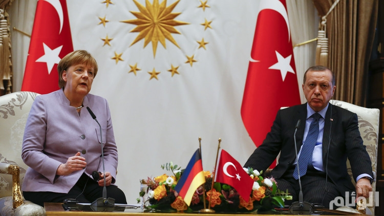 """أردوغان يرفض استخدام ميركل عبارة """"الإرهاب الإسلامي"""""""