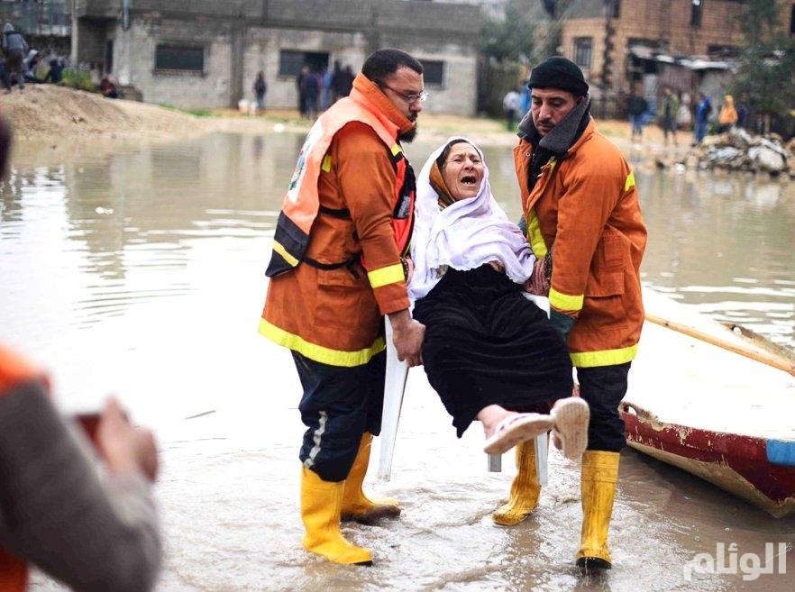 غرق عشرات المنازل في غزة جراء الأمطار الغزيرة