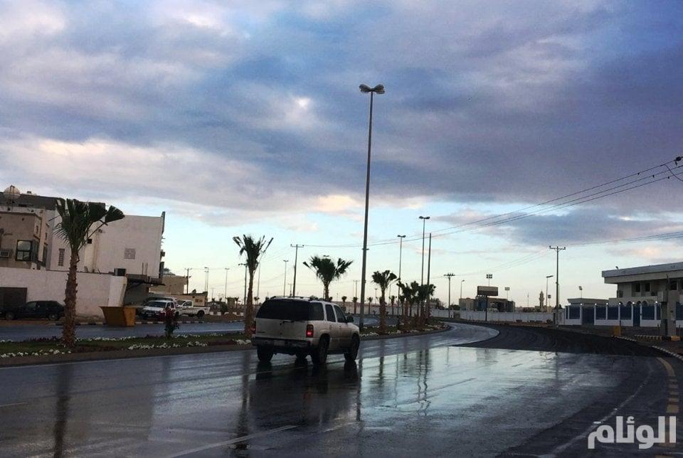 حالة الطقس: سحب ممطرة على تبوك والجوف والحدود الشمالية