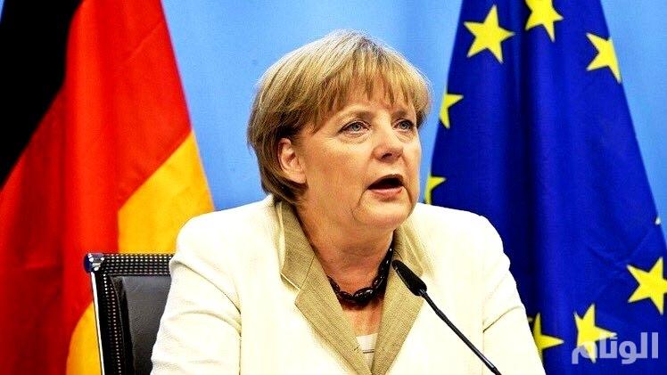 """ميركل: نأمل حل أزمة اعتراض إسبانيا على """"بريكست"""""""