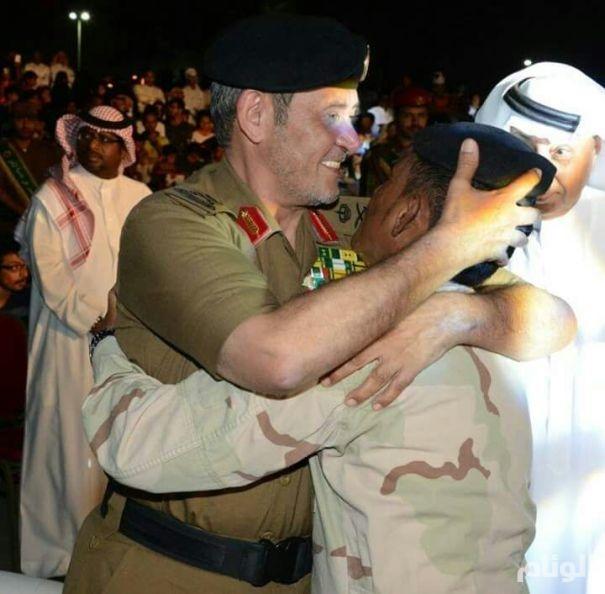 بالصور: اللواء الدويسي مخاطباً أهالي جازان.. آن للسيفِ أن يُغمد