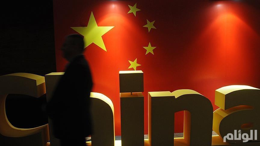 أمريكا تدرس حظر 5 شركات أنظمة مراقبة صينية