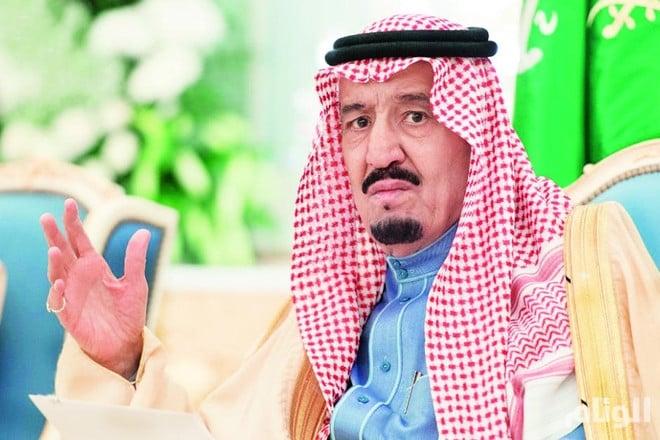 الملك سلمان يستعرضتعاون دول التحالف الإسلامي العسكري مع رئيس الأركان الباكستاني