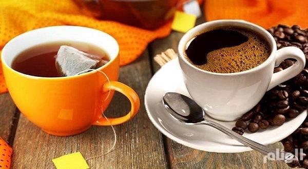 عالم يحذر من شرب القهوة والشاي على متن الطائرة!