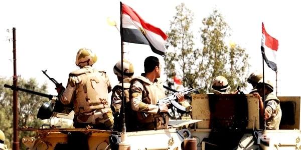 الجيش المصري يدمر «16» وكراً إرهابياً وسط سيناء