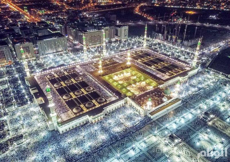أجواء إيمانية بالمسجد النبوي ليلة ختم القرآن الكريم
