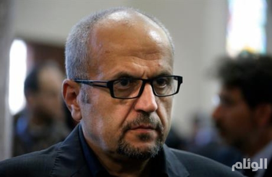 صحافي موالٍ لحزب الله يهدد معارضيه: تحسسوا رقابكم سنقتلكم في أي دولة