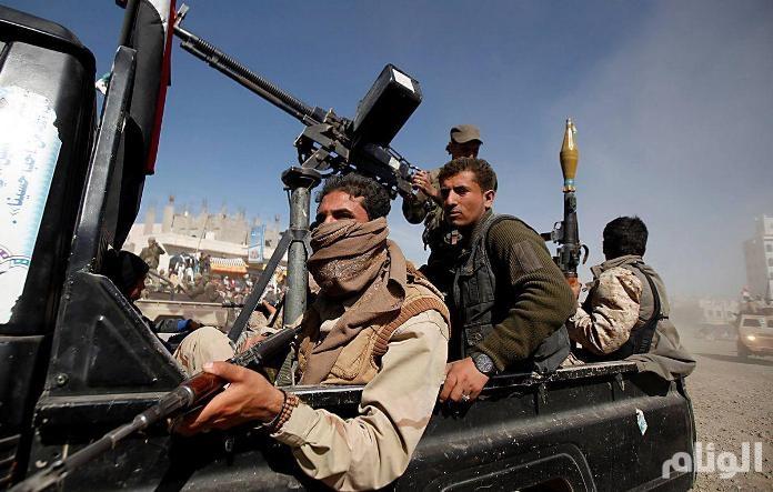 ميليشيا الحوثي تلجأ لتهديد الملاحة في البحر الأحمر لتغطية خسائرهم