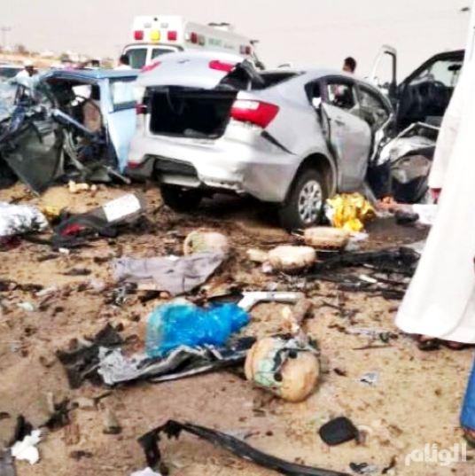وفاة «8» أشخاص في حادث مروع بقوز القنفذة