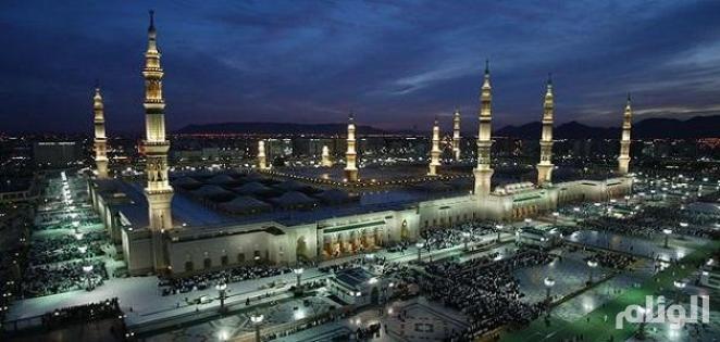 حجاج بيت الله الحرام يتوافدون للمدينة قبل مغادرتهم المملكة