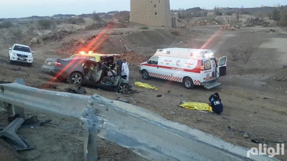 وفاة وإصابة 6 في حادث مروري على طريق بيشة-خميس مشيط