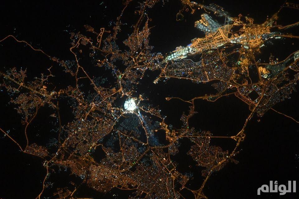 رائد فضاء: مكة لا تقارن بأي مكان على الكرة الأرضية