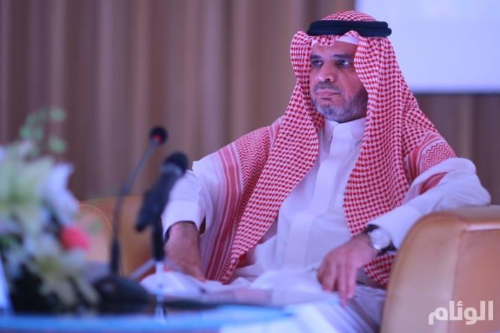 ضم كليات حريملاء لجامعة الإمام وكلية التربية بالمزاحمية للملك سعود