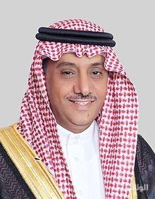 مدير جامعة الملك سعود: 4500 موقف جاهز للمنسوبات