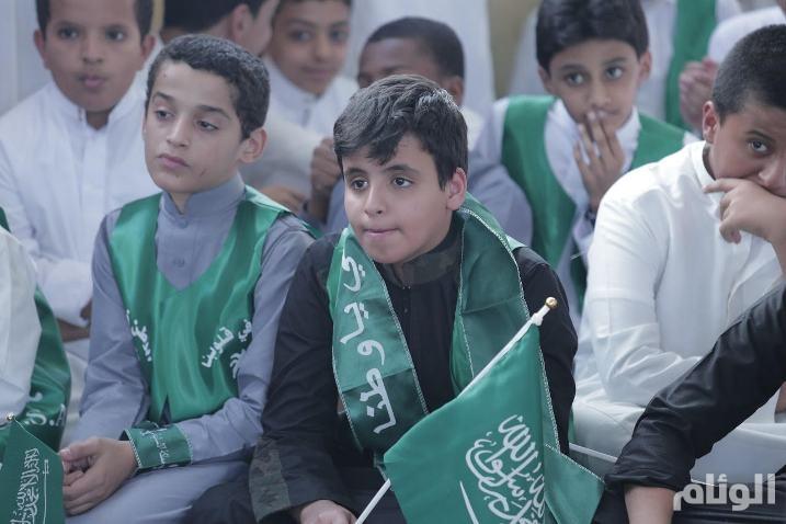 بالصور.. متوسطة الظاهر بيبرس بمكة تحتفل باليوم الوطني للمملكة