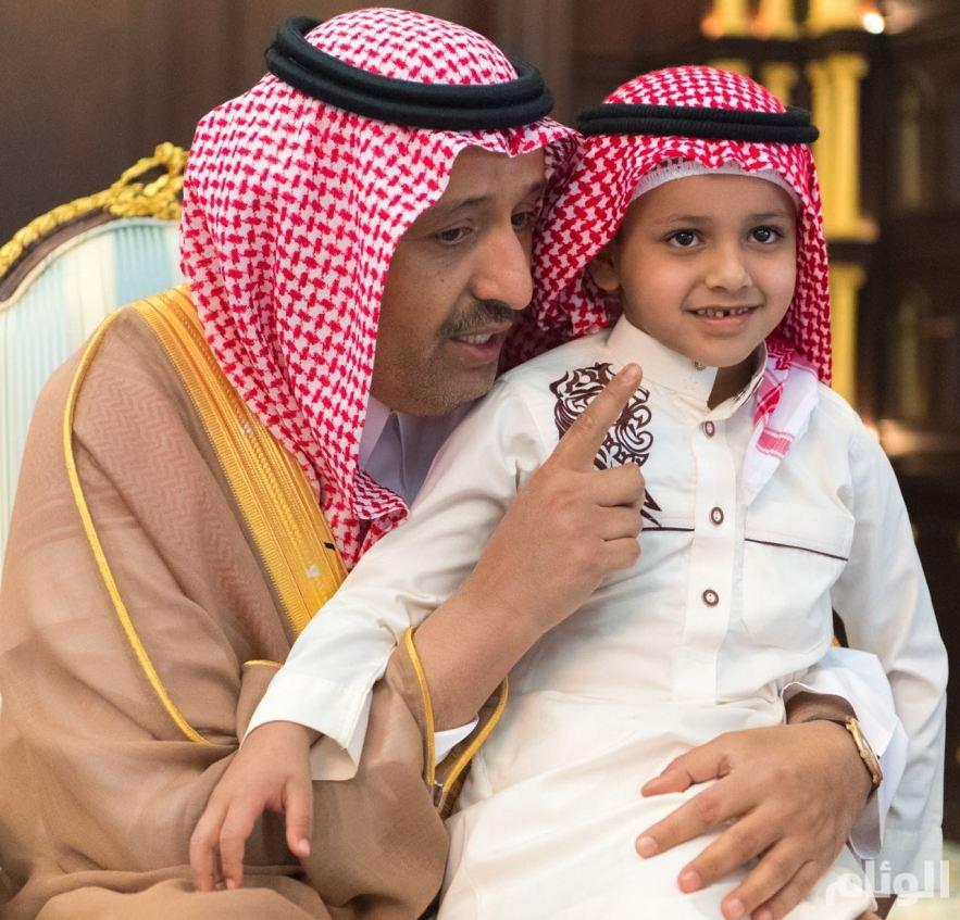 بالصور.. «أمير الباحة» يستقبل ذوي شهيدي الواجب أحمد وناصر الزهراني