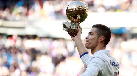 رونالدو يختطف الكرة الذهبية لعام 2017