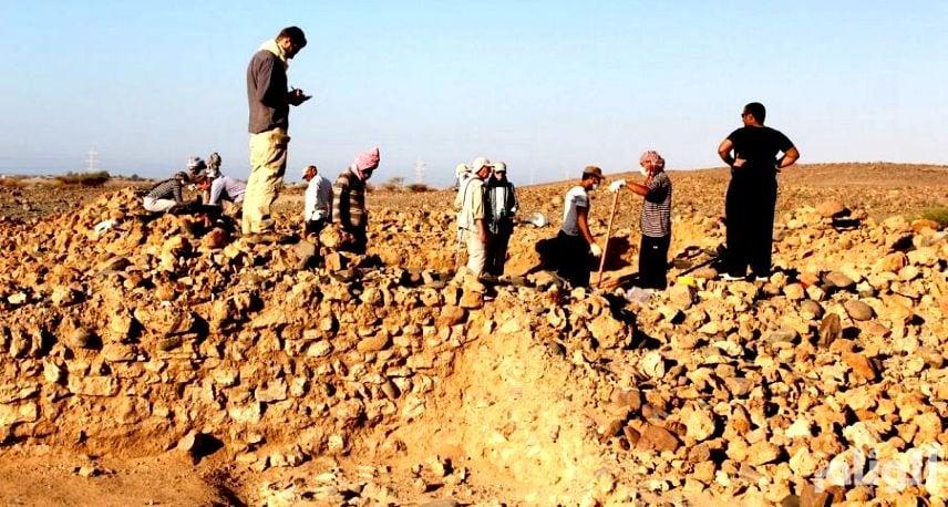 فرق سعودية ودولية تعثر على آثار تعود للعصر الحجري في ثلاثة مواقع بتبوك